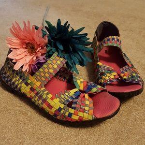 Women's woven muti-color Corkys shoes size 7